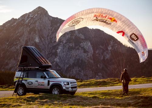 Land Rover Defender beim härtesten Abenteuerrennen der Welt