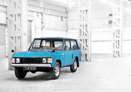 1970 Classic Range Rover (Tuscan Blue)