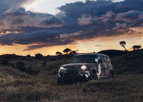 Nouveau Defender - Campagne d'essais avec Tusk au Kenya